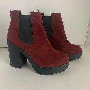 Divided Chunky Heel Ankle Boots